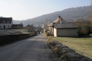 The narrow streets of Saint-Romain